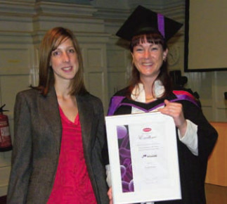 Oxoid Award Presented to Mature Student