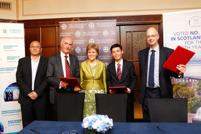 Scottish Universities Strike Alliance with Healthcare Industry in China