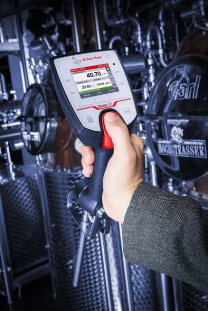 Highly accurate on-site alcohol measurement on spirits