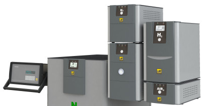 Green gas generators and calibration systems